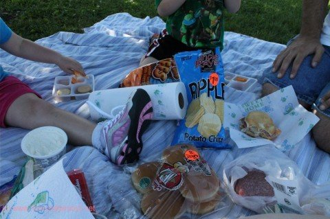 supermarket picnic