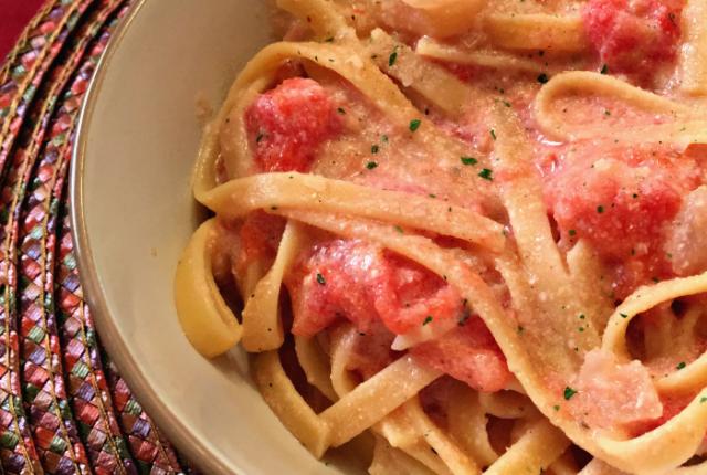 Fettuccine with Creamy Tomato Sauce | Mini Van Dreams