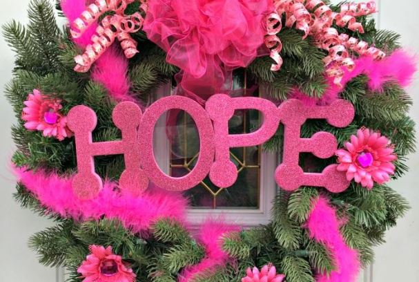 Breast Cancer Awareness Wreath | Mini Van Dreams