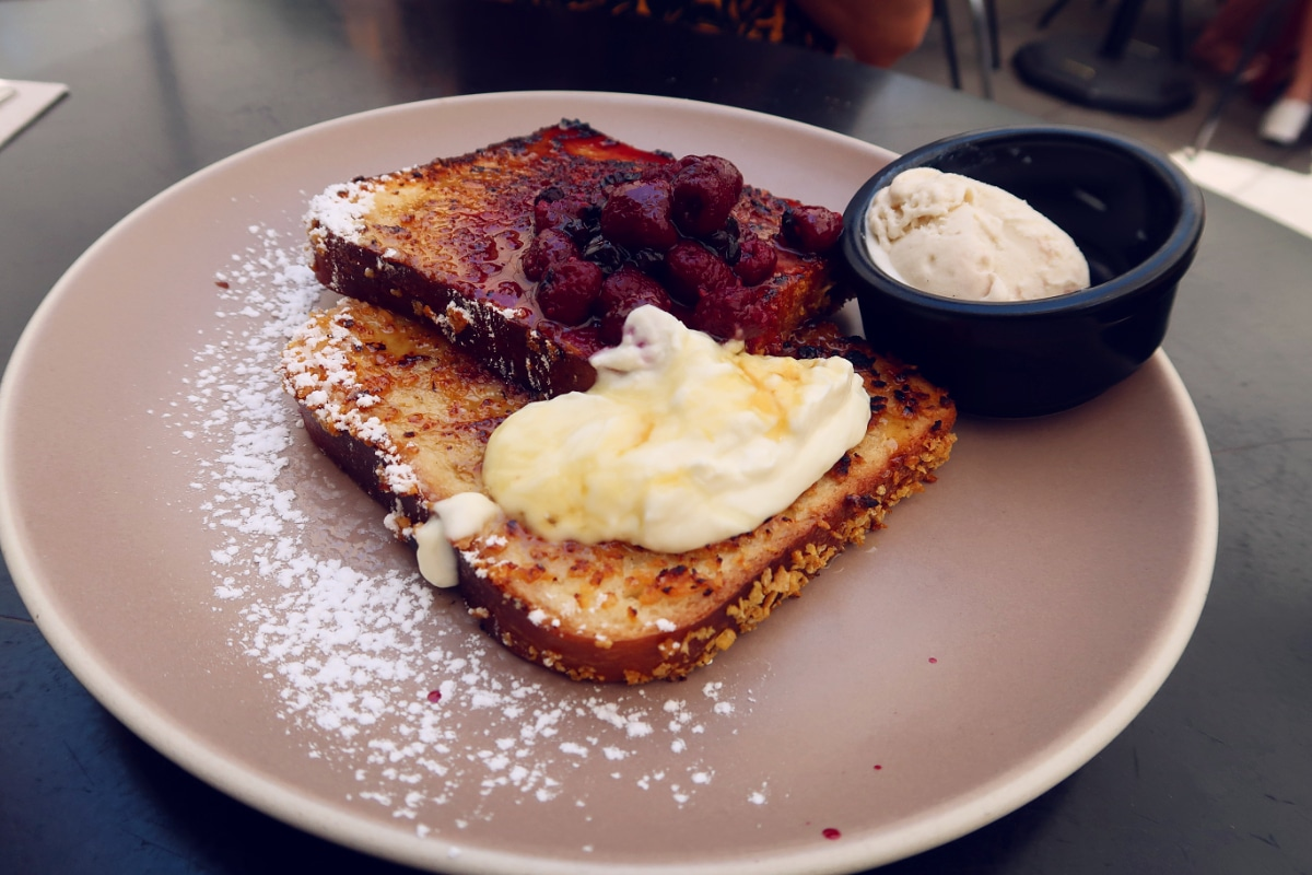 Best brunch in Barcelona @minkaguides Federal Sant Antoni French Toast