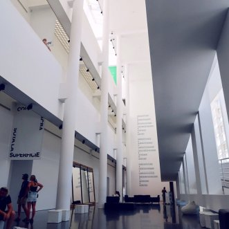 Things to do in Barcelona @minkaguides MACBA