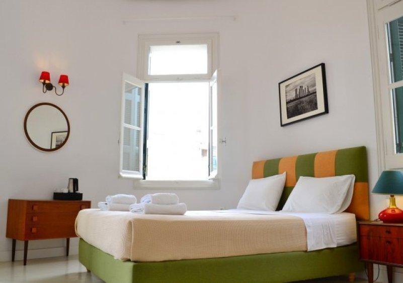 Review City Circus Hostel Athens @minkaguides
