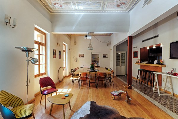 Review: City Circus Hostel Athens @minkaguides