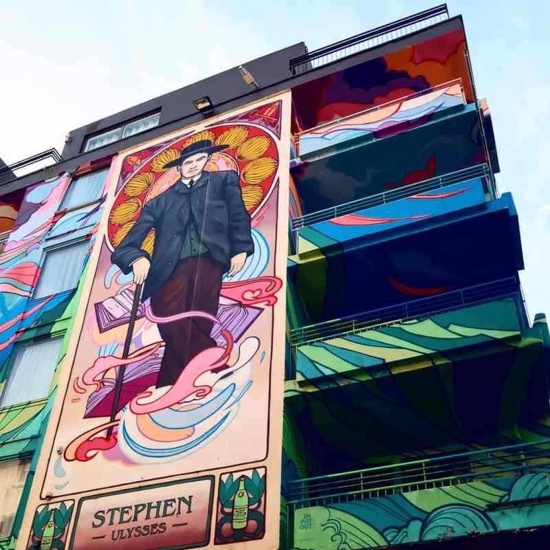 Dublin street art @minkaguides Blooms Hotel1