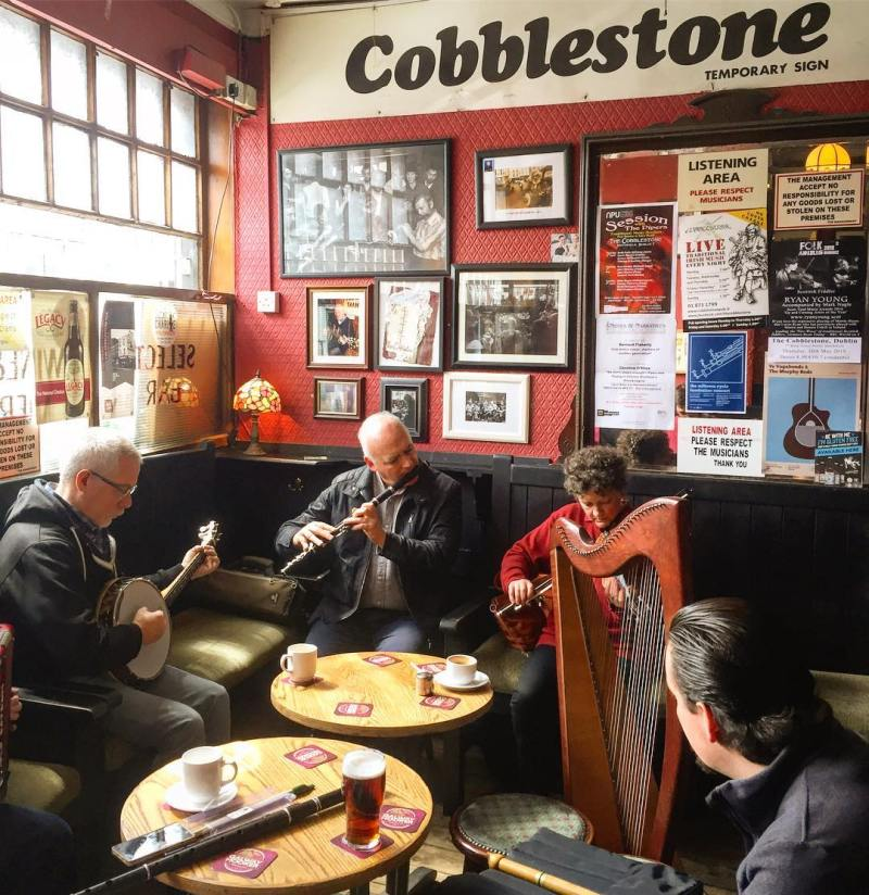 Things to do in Dublin @aleksexplores The Cobblestone
