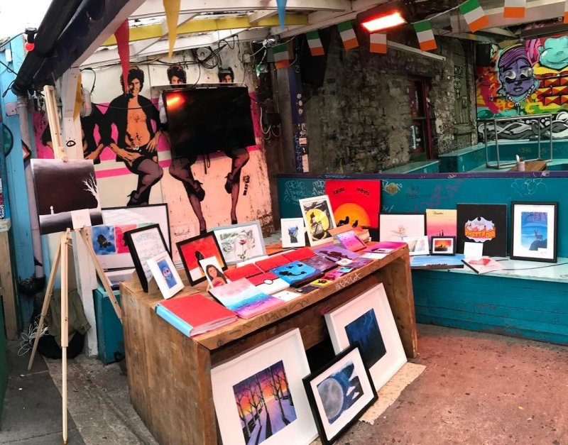 Things to do in Dublin @antoniadrawsstuff Bernard Shaw Flea Market