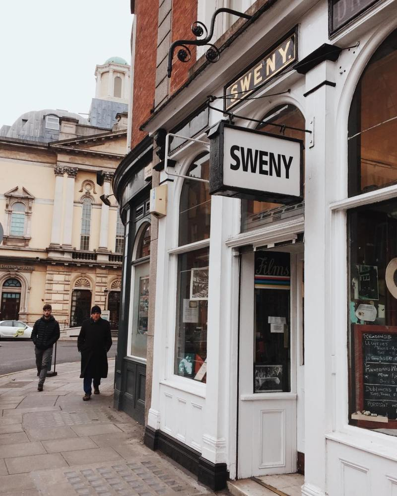 Things to do in Dublin @david.maguire Sweny's Pharmacy