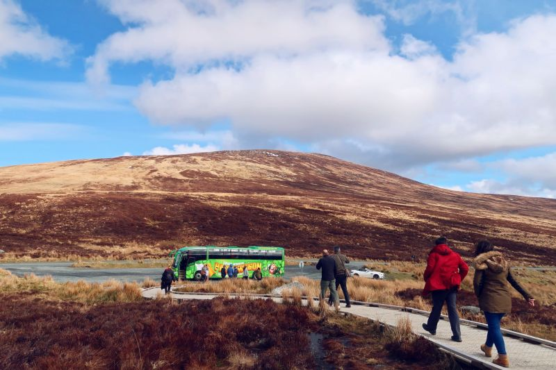 Wicklow Mountains day trip from Dublin @minkaguides Tour bus