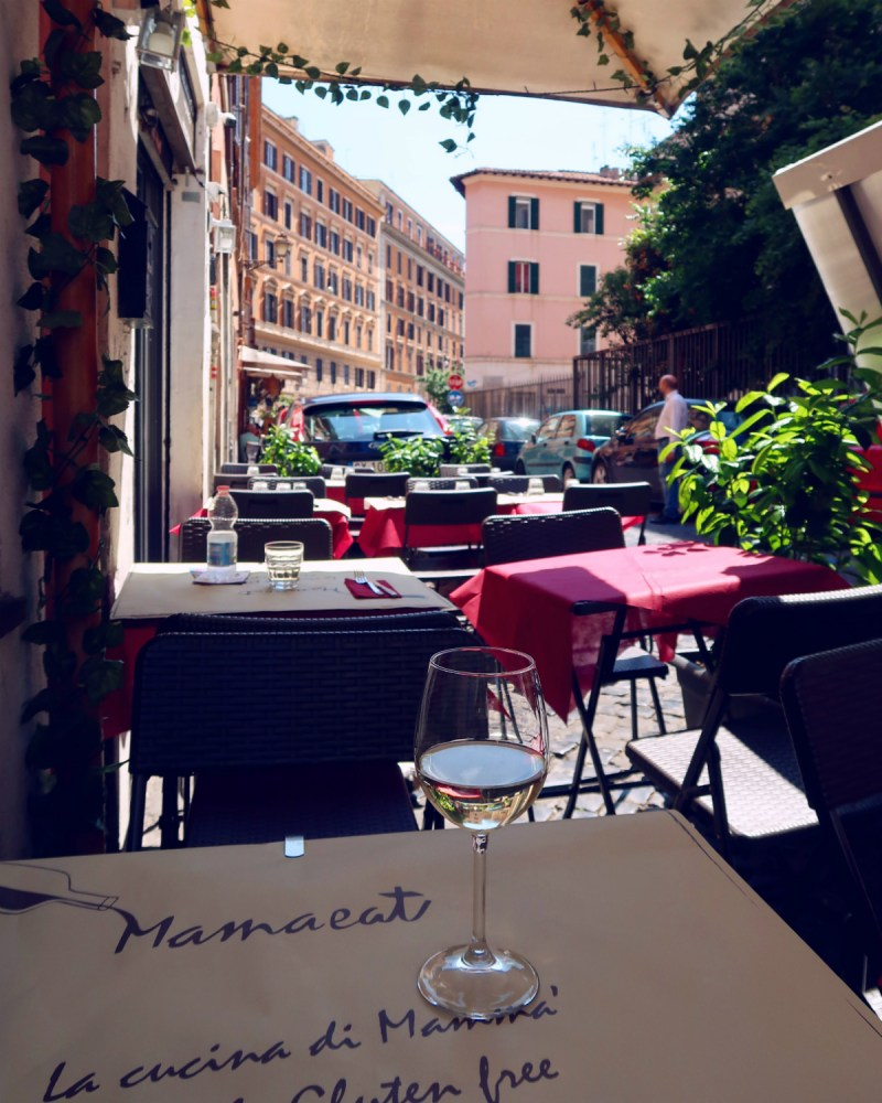 Gluten-free Rome @minkaguides Mama Eat view