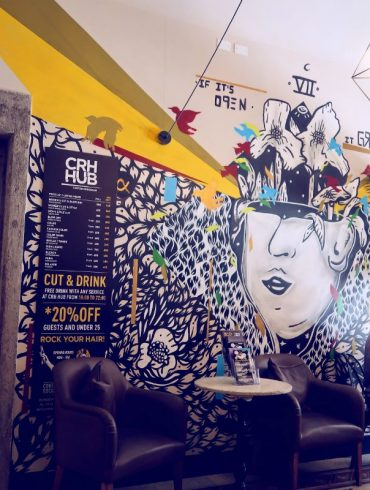 Review The Yellow Hostel Rome @minkaguides cafe
