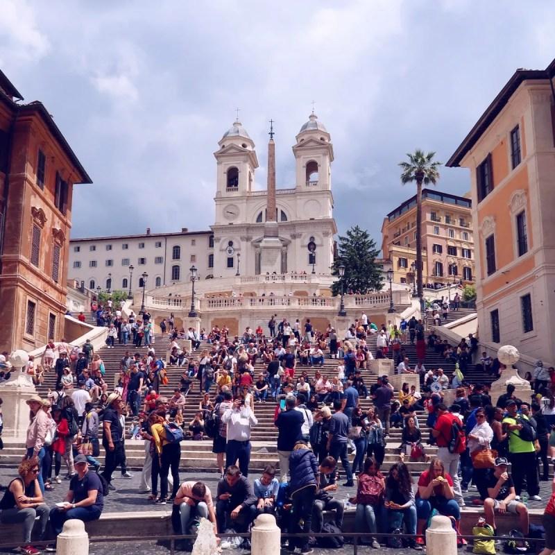 Rome overtourism @minkaguides Spanish steps
