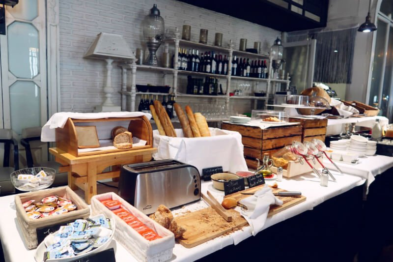 breakfast Market Hotel Barcelona CREDIT Minka Guides