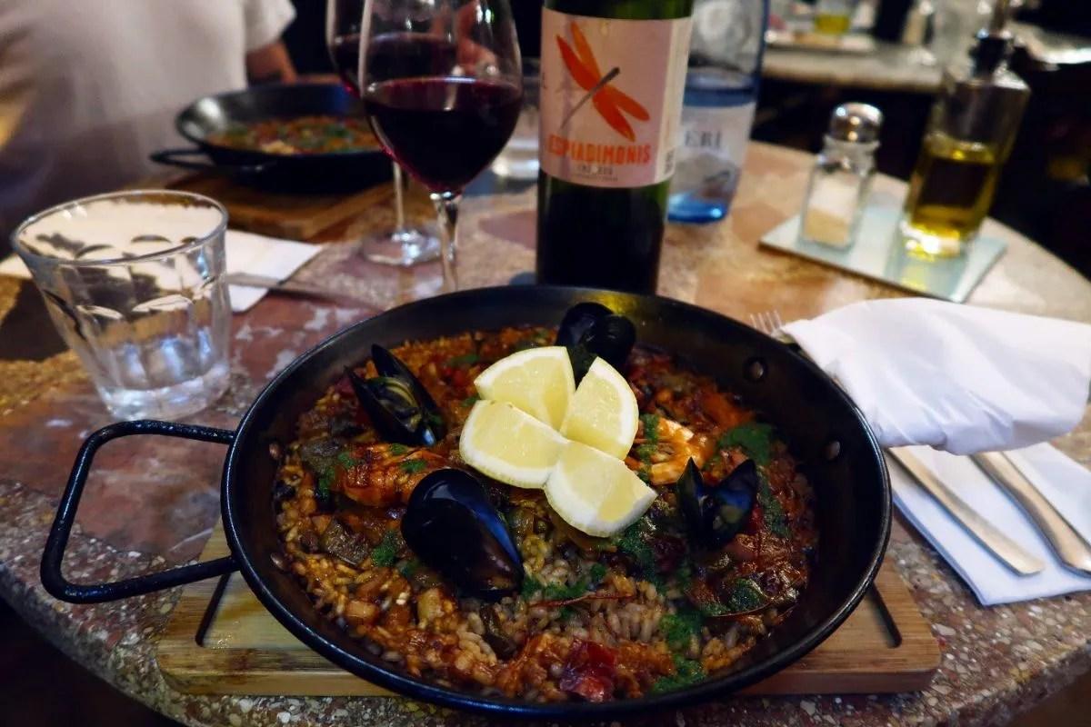 Gluten-free Barcelona El-Sortidor-paella CREDIT Minka Guides