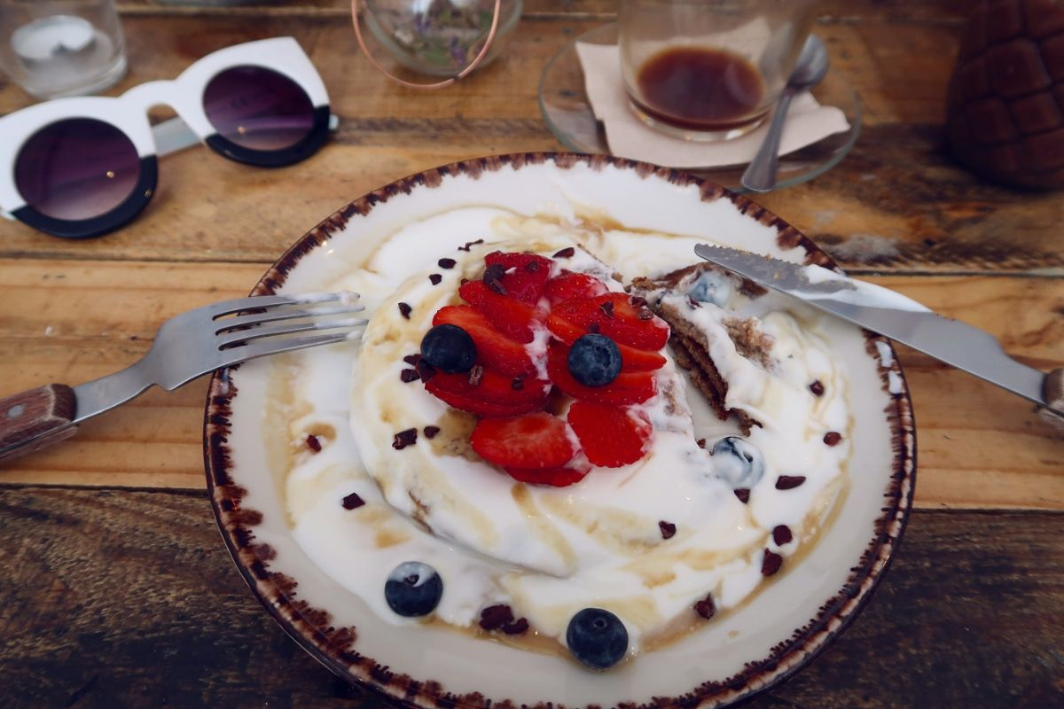 Gluten-free Barcelona The-Juice-House-pancakes CREDIT Minka Guides