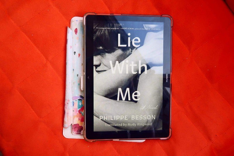 Book recommendations spring 2020 Lie With Me Philippe Besson CREDIT Minka Guides