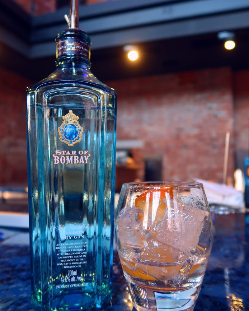 Bombay Sapphire Distillery tour @minkaguides Star of Bombay bar