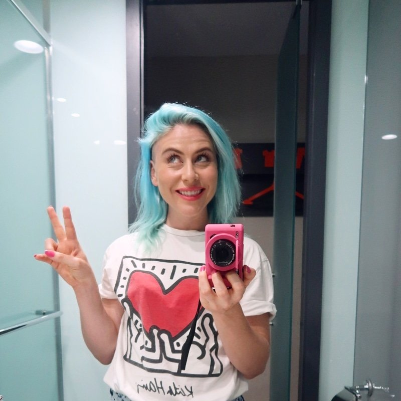 easyHotel Old Street bathroom selfie CREDIT Minka Guides