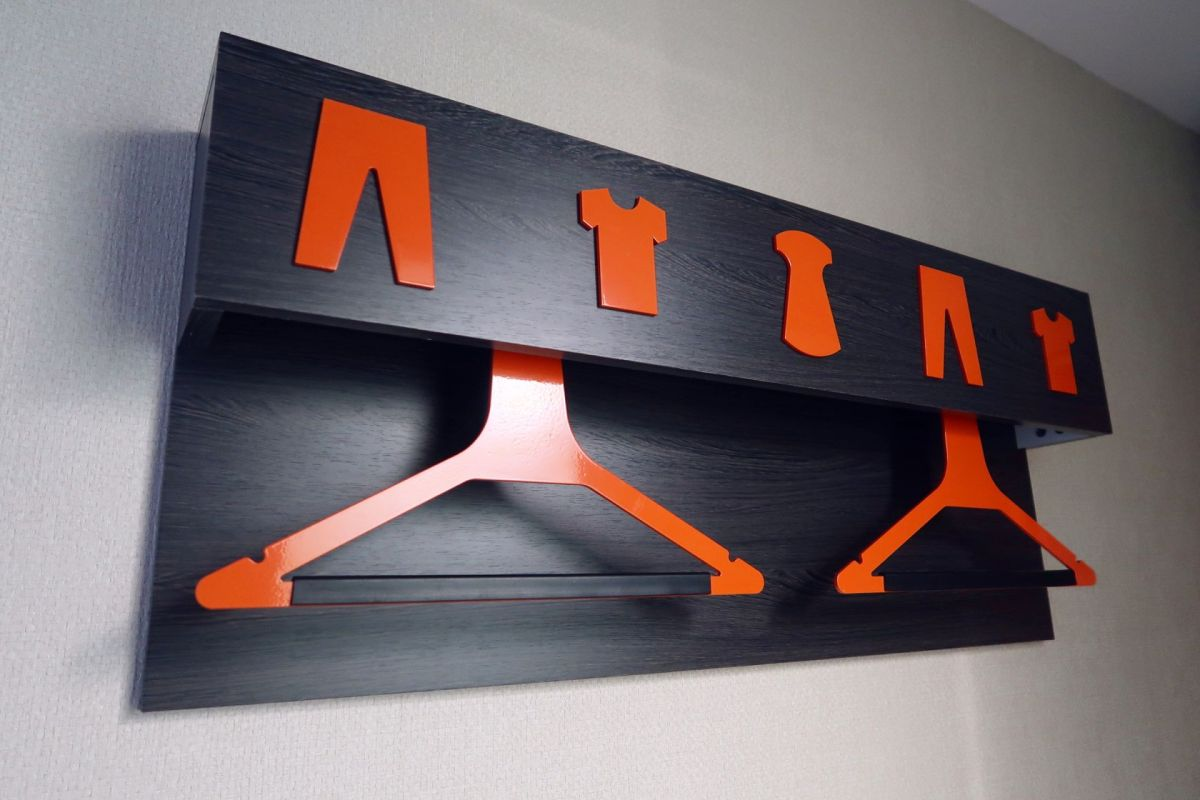 easyHotel Old Street wardrobe hanger CREDIT Minka Guides
