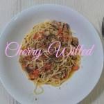 クセになる!トマト&サバ缶パスタの本格シチリアレシピ。動画あり!