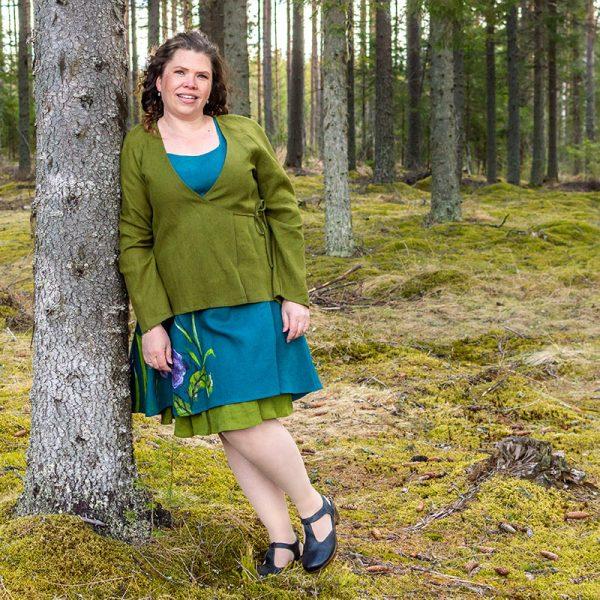 Vihreä pellavainen kietaisujakku