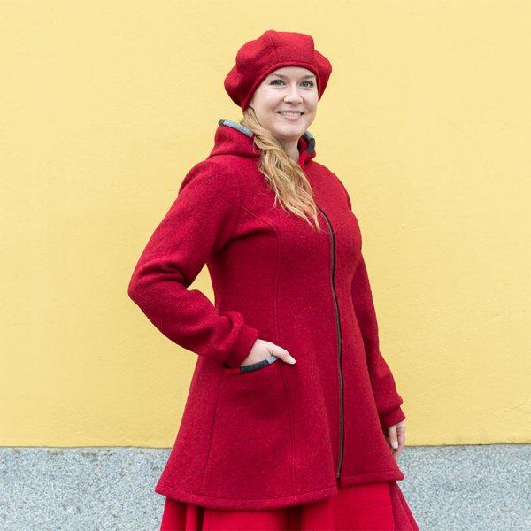 Punainen naisten villakangastakki, A-linjainen, Suomessa tehty, Minna Suuronen Design