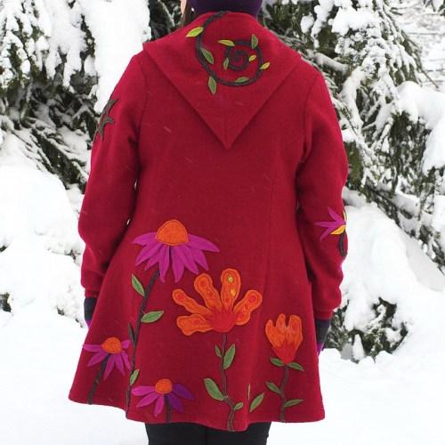 Uniikki kuvioitu punainen villakangastakki, Minna Suuronen Design