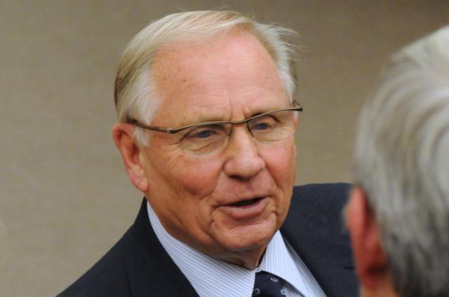 Gov. Arne Carlson
