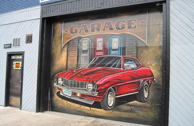 muscle car mural