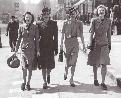 Resultat d'imatges de fashion in the 40s