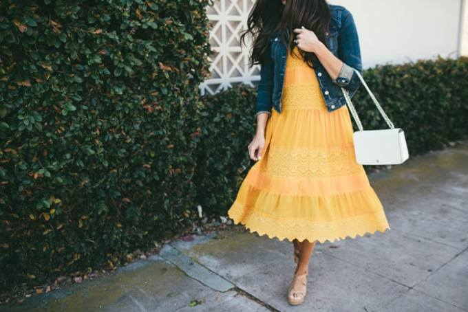 the prettiest, happiest, most timeless lace dress
