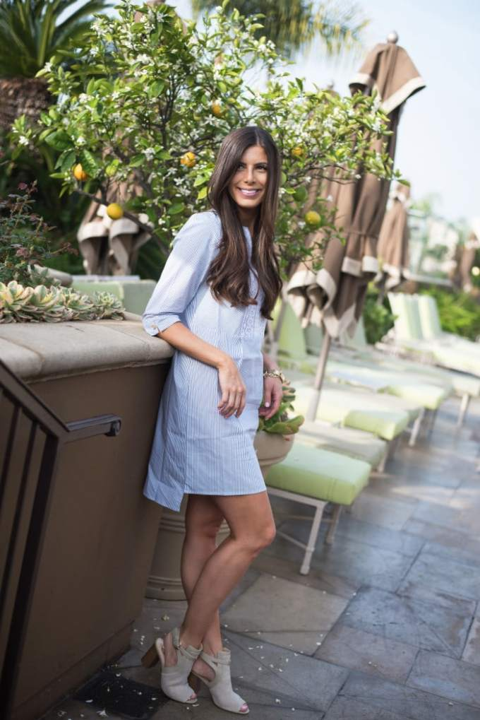 Pretty poolside getup! A stripe shirtdress that will take you from the pool to lunch without feeling the frump.