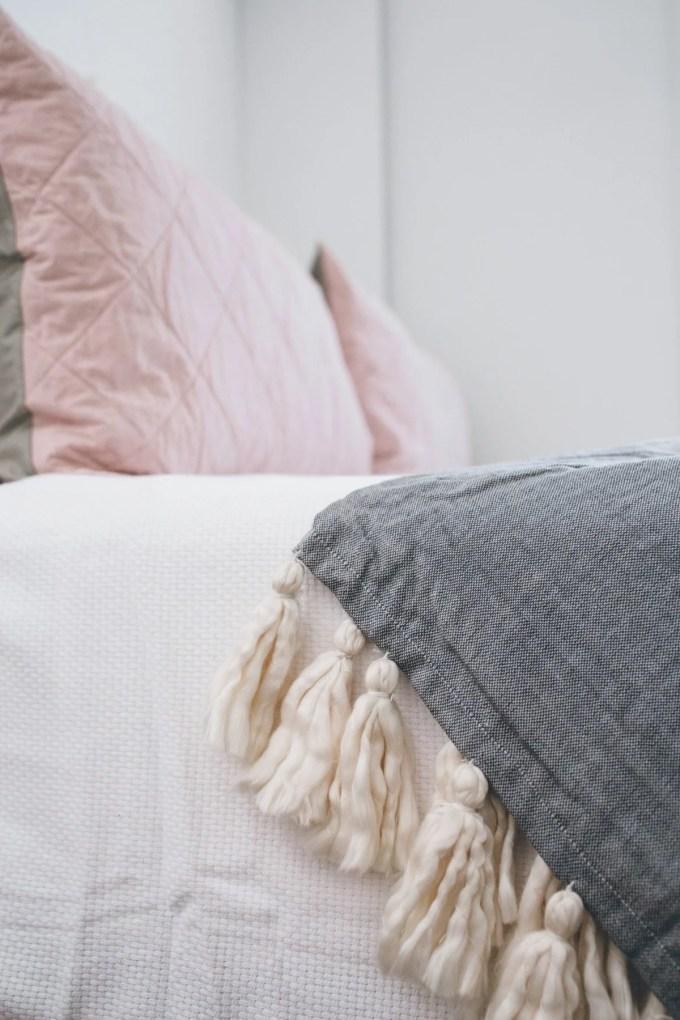 bloomingdales home textured coverlet