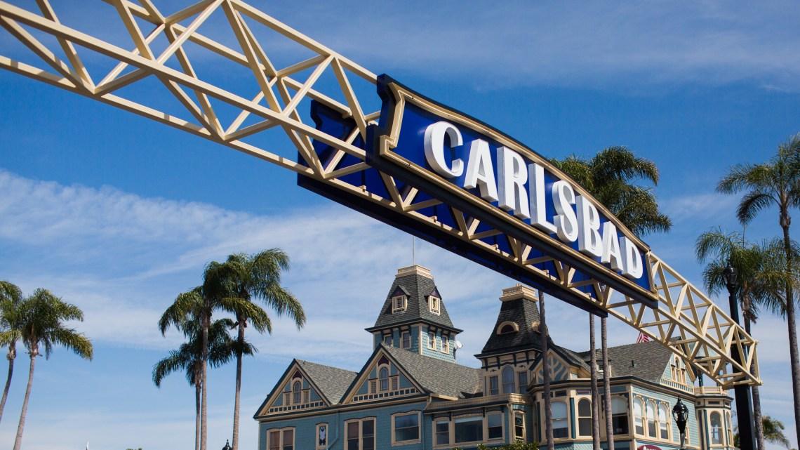 Visit Carlsbad 00 Sign