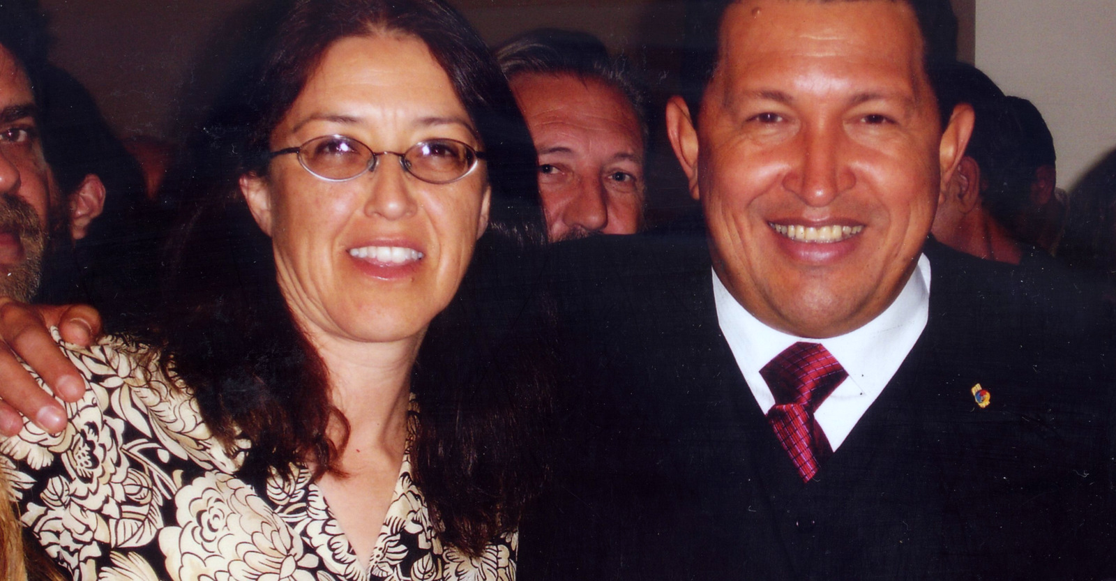 Gloria La Riva meets with former Venezuelan president Hugo Chavez.
