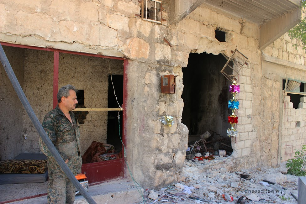 Ahmed lives in a bombed-out home in order to protect Bani Zaid from terrorist incursions. (Photo by Vanessa Beeley)