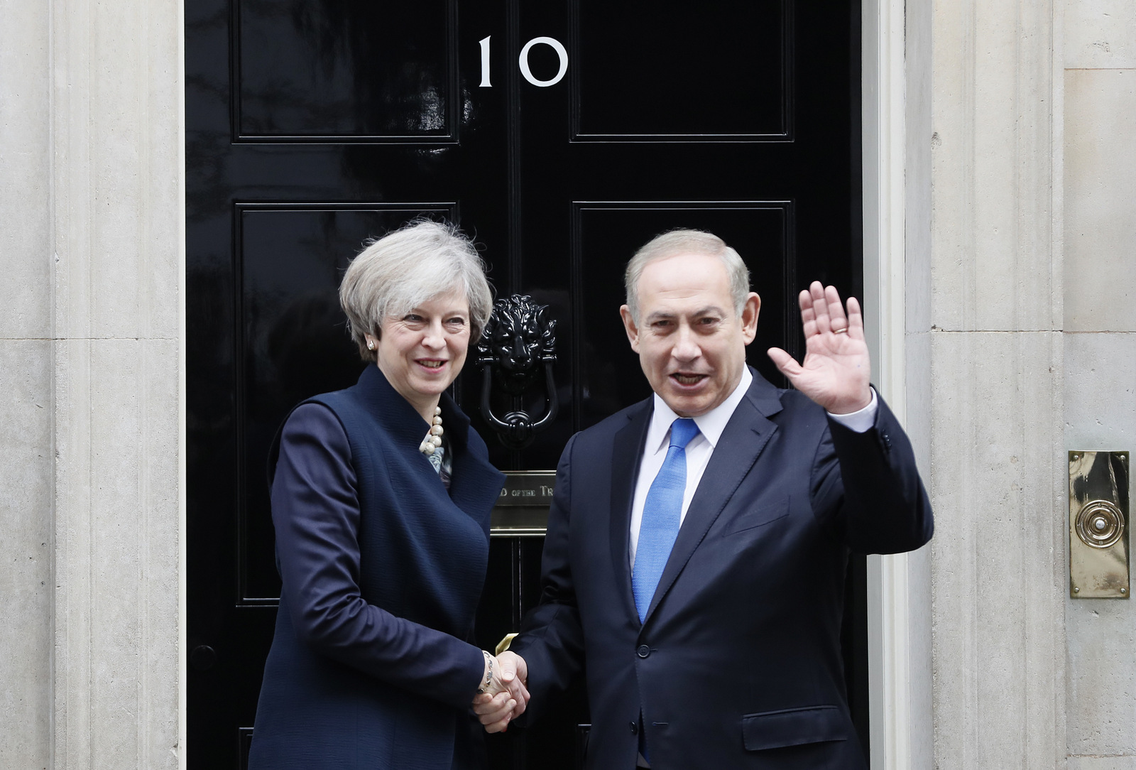 Britain's Prime Minister Theresa May greets Prime Minister Benjamin Netanyahu of Israel at Downing Street in London, Monday, Feb. 6, 2017. (AP/Kirsty Wigglesworth)
