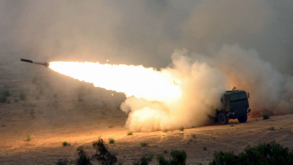 US Marines fire a High Mobility Artillery Rocket System (HIMARS) launcher at Camp Pendleton, California, the same system recently to Southern Syria. (Photo: Seth Maggard/USMC)
