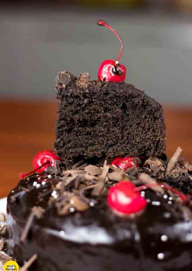 Chocolate-Cake-WIthout-Condensed-Milk