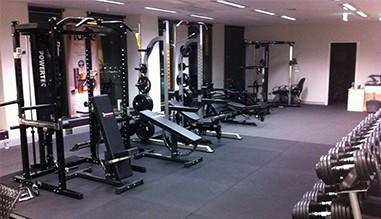 De la altii: Exercitii fitness. De cine sunt executate exercitiile calistenice?