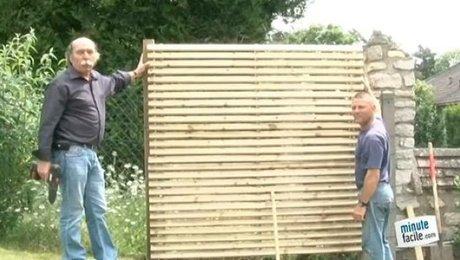 panneaux ou piquets de bois