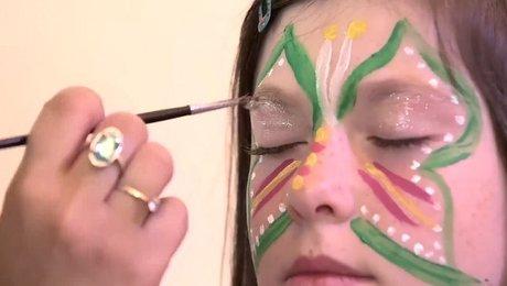 realiser un maquillage papillon