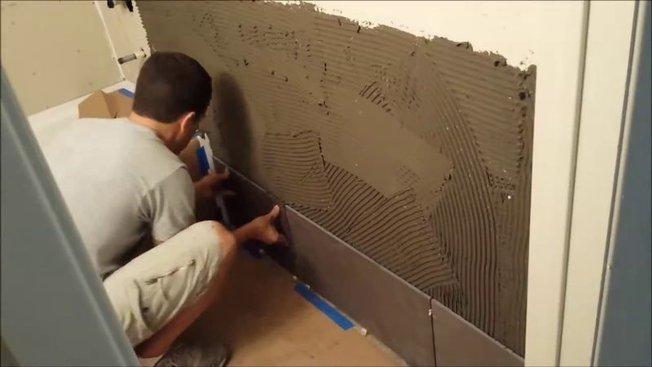 Comment Carreler Les Murs Dune Salle De Bains