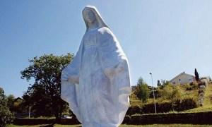 Haute-Savoie : La statue de la Vierge doit vraiment disparaître