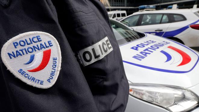 Paris: un homme a égorgé deux personnes