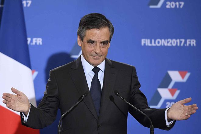 Sondage : Macron-Le Pen en tête, Fillon-Mélenchon au coude-à-coude