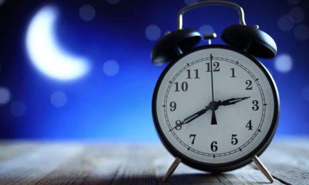 Horloge symbolisant le passage à l''heure d'hiver
