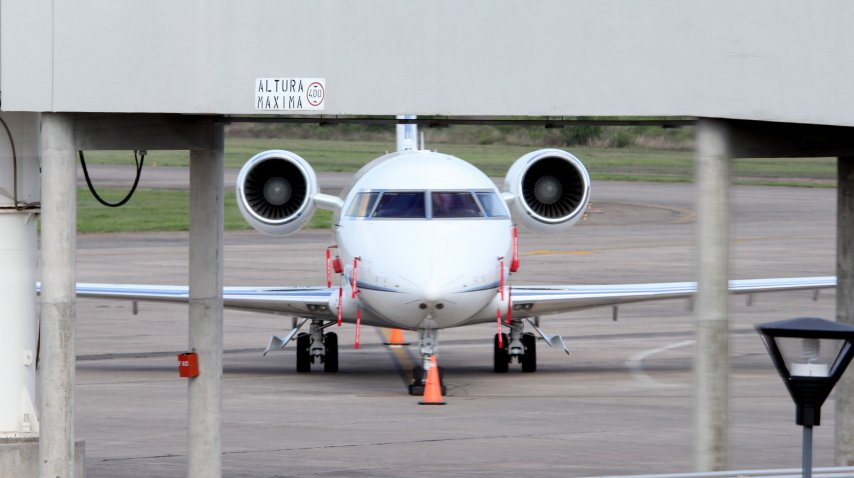 Avión en el que llegó Macri a Jujuy.