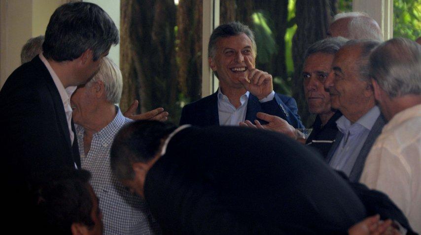 Macri recibió a la cúpula de la CGT, tras la ley de Ganancias