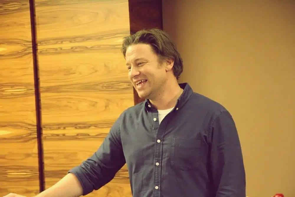 Rezension Jamie Olivers Weihnachtskochbuch  Miomente Entdeckermagazin