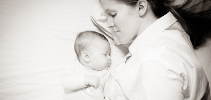 Cómo alargar la tomas nocturnas en un bebé